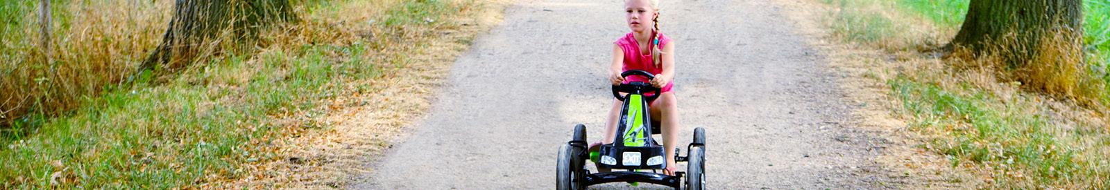 Kinderfietsen en rijtuigen