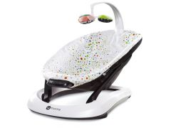 4 Moms Wipstoel Met Witte/Multicolor Pluche Zitting En Mobiel Bounceroo